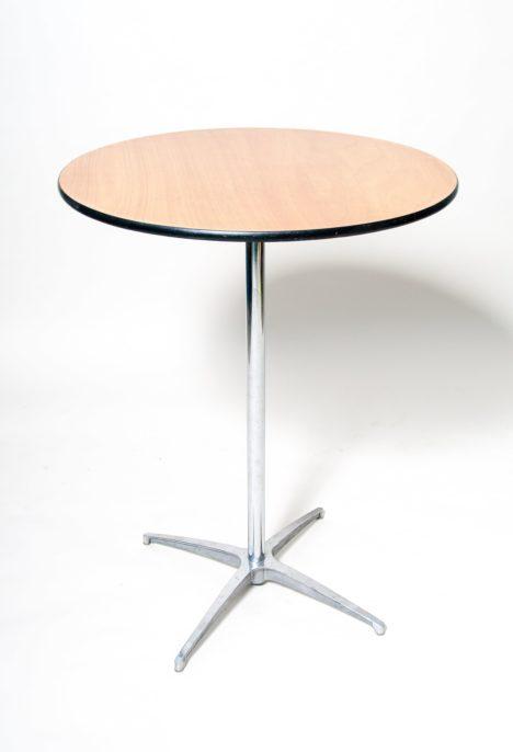 Pystypöytä ruskea